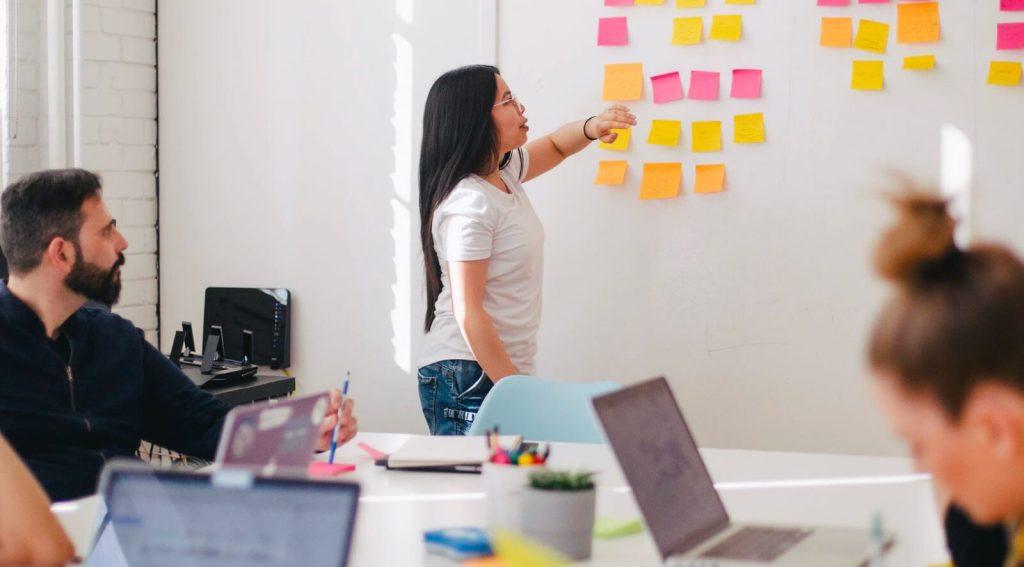 Soy una agencia de marketing digital, ¿cómo aplico la webAR?